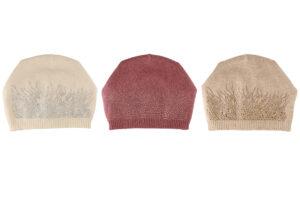 Naiste kootud müts Acces